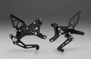 Riding rearsets for Panigale V4